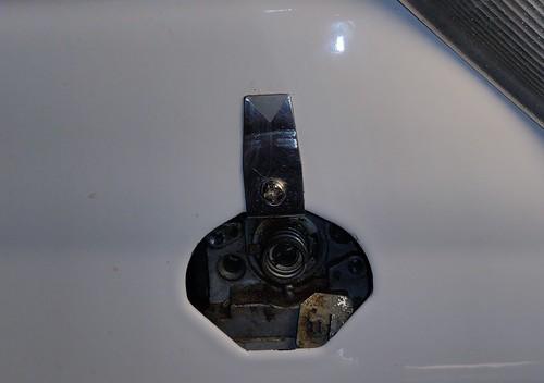 Ultra-ray valve assembly spring