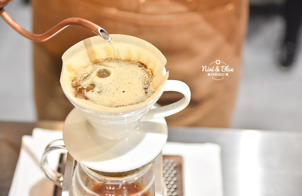 Zeller Coffee Japancart台中咖啡 不限時有插座18