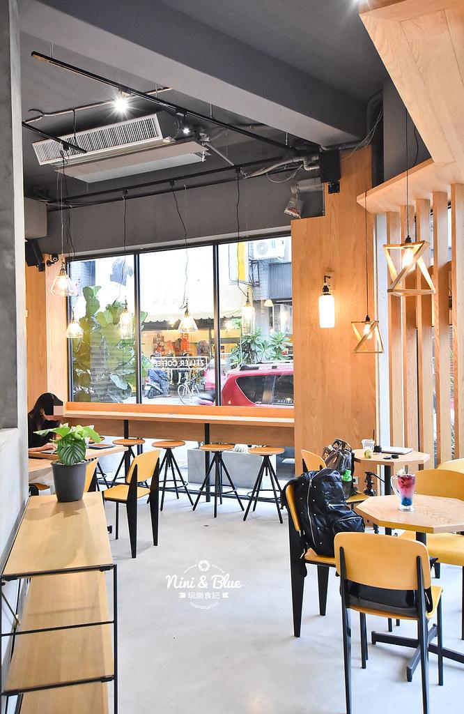 Zeller Coffee Japancart台中咖啡 不限時有插座04