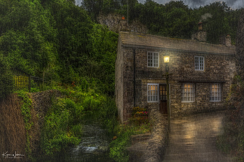 nature england landscape view beautiful countryside outdoor derbyshire green castleton peakdistrict highpeak peak district outdoors uk rural scenic village scenery house hill spring country gorge beauty freshair tranquility pathway villagelandscape paths holyday ruralengland water old peakdistrictnationalpark stream rain hdr reflection streetlamps