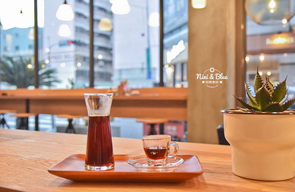 Zeller Coffee Japancart台中咖啡 不限時有插座21