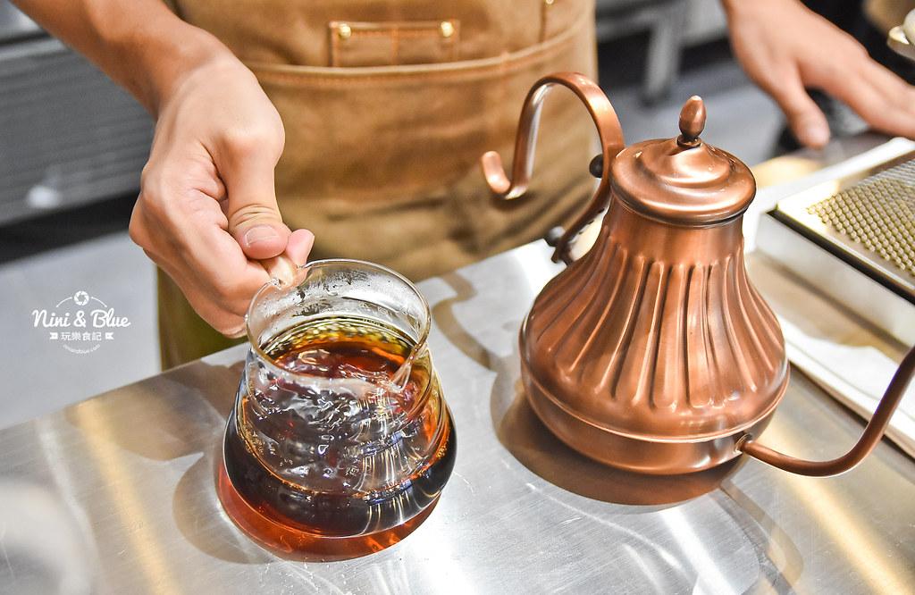 Zeller Coffee Japancart台中咖啡 不限時有插座19