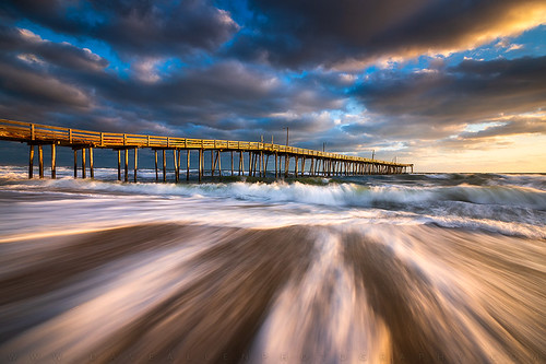 obx outerbanks beach nc northcarolina coast coastal seascape pier longexposure le nikon d810 zeiss milvus nagshead killdevilhills outdoors ocean nature seaside sunrise goldenhour morning atlantic