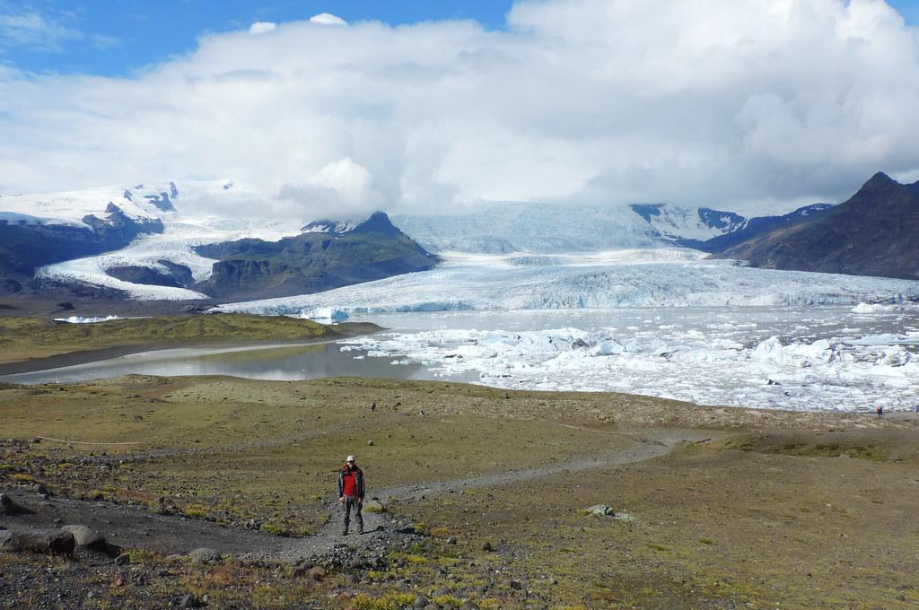 Glacier Lagoons Iceland: Fjallsárlón, Vatnajökull National Park