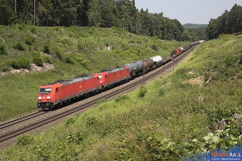 185 256 + 185 341 . DB Cargo . Sinngrün , Beratzhausen . 26.06.19.