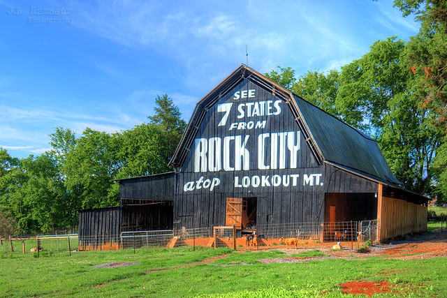 See 7 States from Rock City Atop Lookout Mtn - Maryville, Tennessee