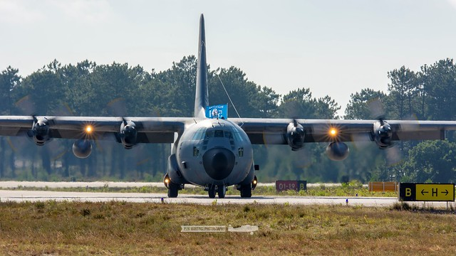 16805 Lockheed C-130H Hercules
