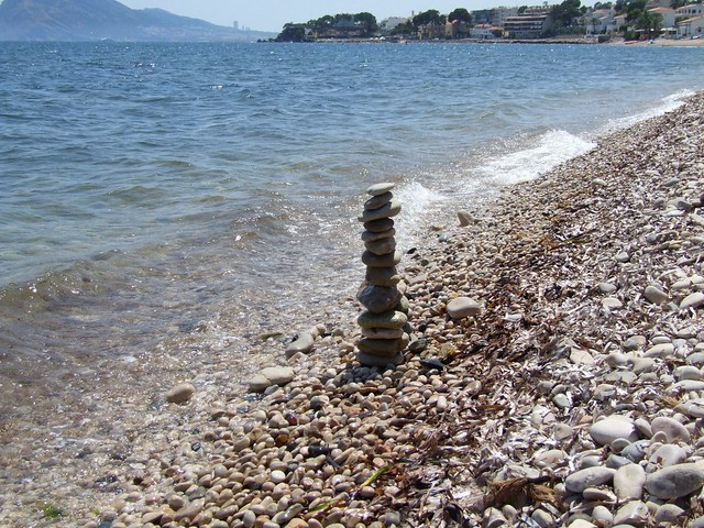 2019_lsnape_Spain_Mediterranean_CostaBlanca_Altea_l'Olla_sea_beach_pebbles_tower_stack_DSCF2882