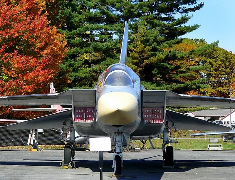 North American RA-5C Vigilante 2