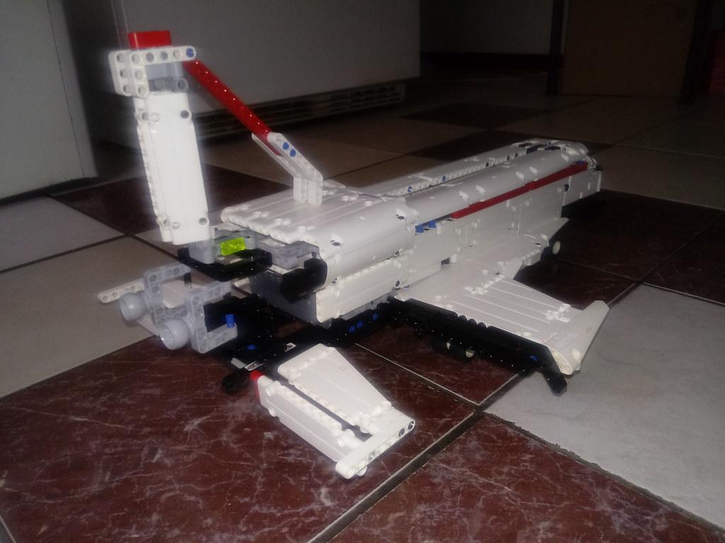 Lego Technic Space Shuttle