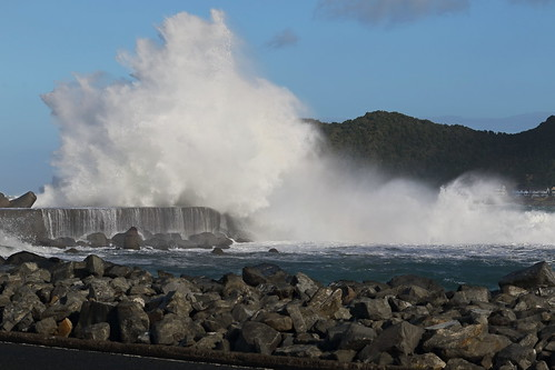 <p>Strong southerly yesterday created some amazing sights!</p>