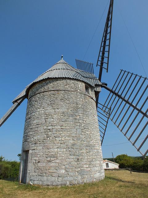 Sainte-Alauzie - Moulin à vent de Boisse