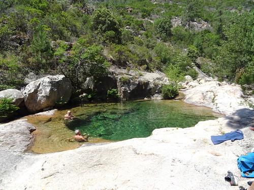 Bain dans les vasques de la confluence Carciara/Peralzone