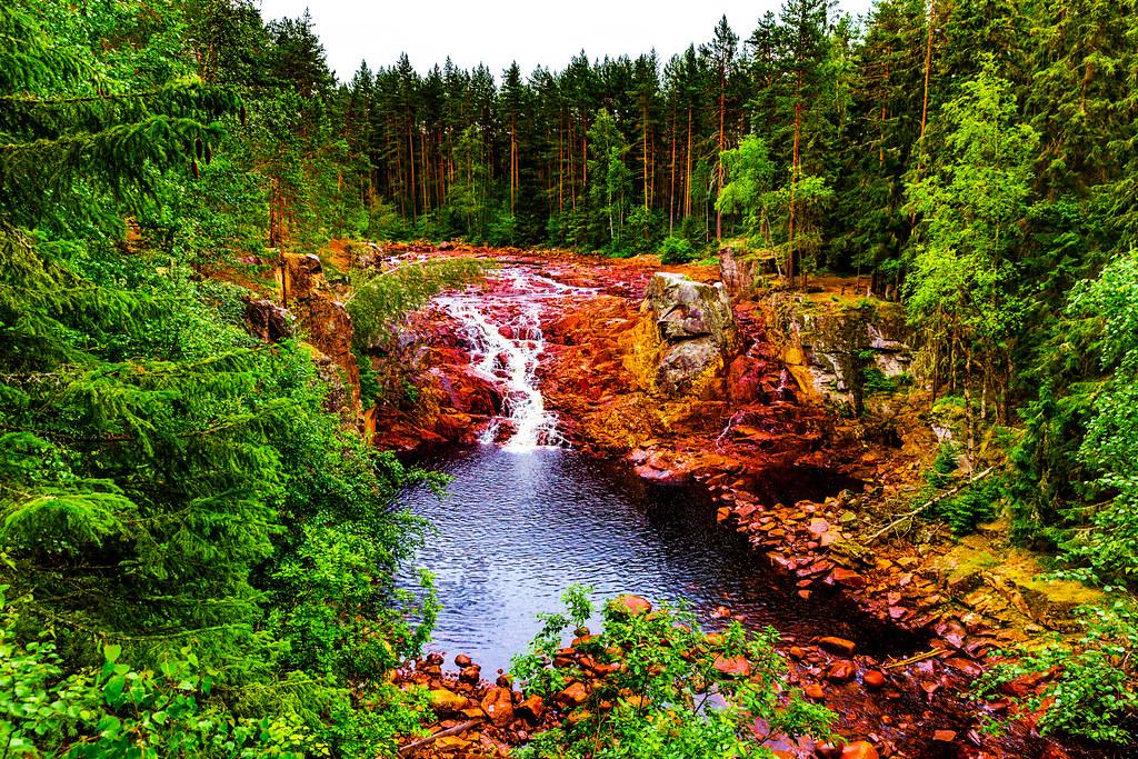 Brattfallet waterfall