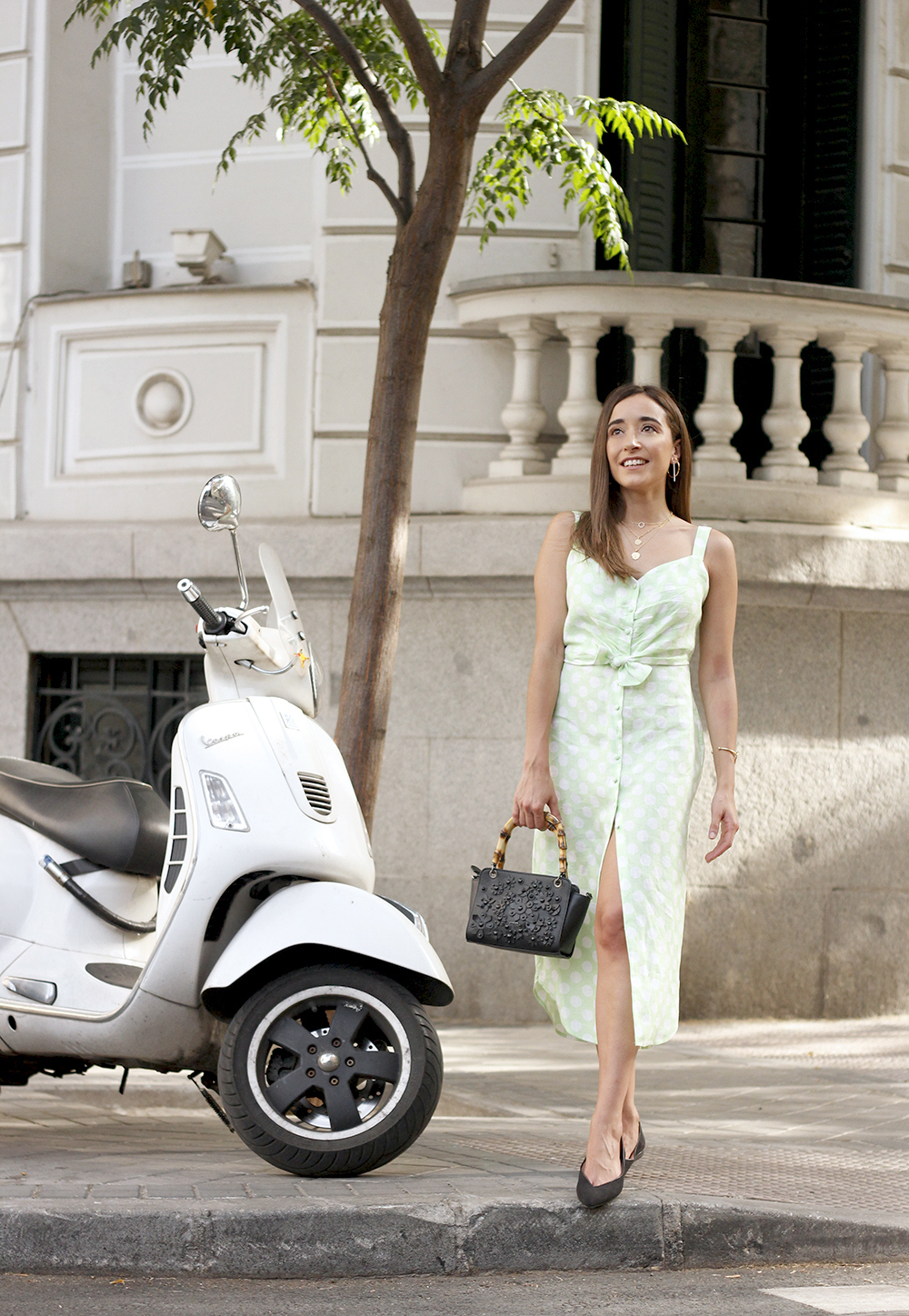 linen dress with polka dots uterqüe street style summer outfit 20194