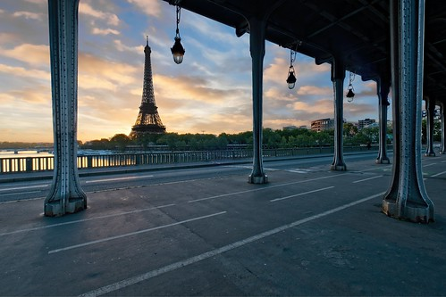 Eiffel Tower Sunrise | by Alan Amati