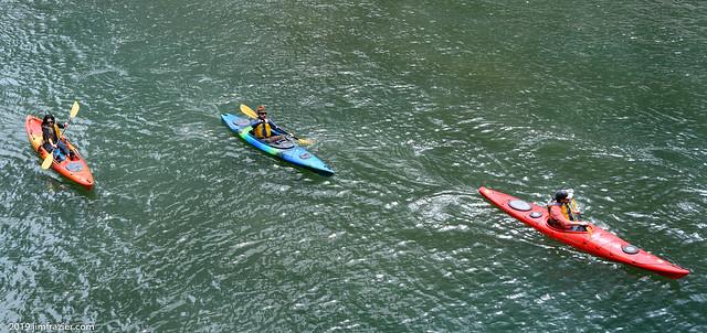 Kayaking along the Chicago River