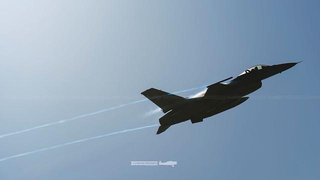 15110 General Dynamics F-16MLU