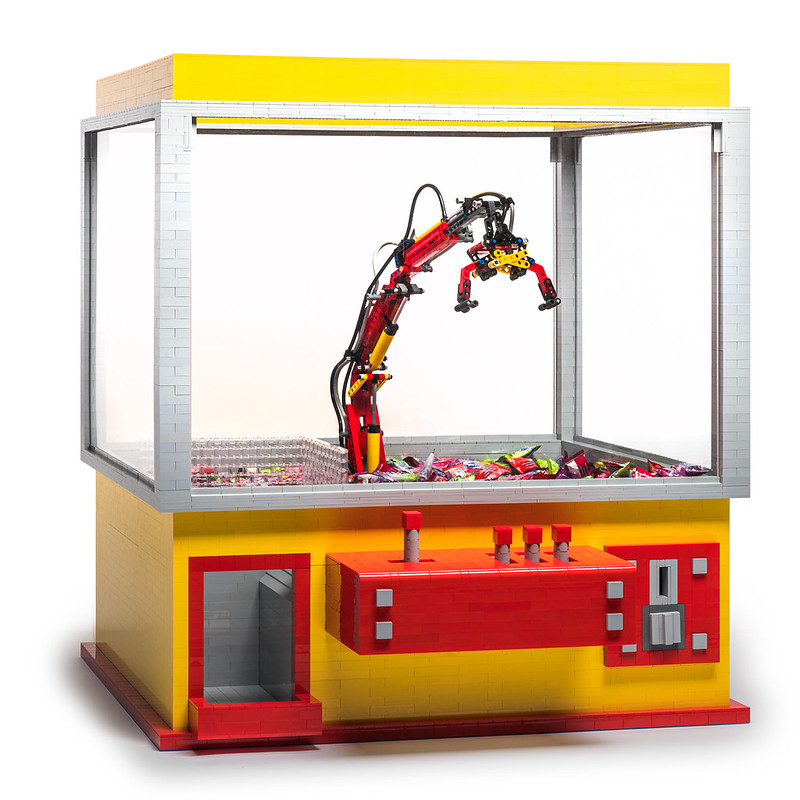 Lego Claw Machine x Crossy Road