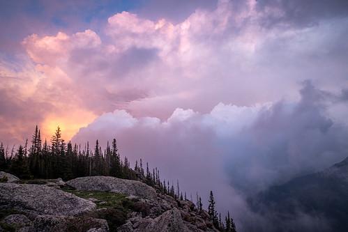 colorado landscape sunset mist stormclouds mountains places fog landscapes rockymountainnationalpark clouds estespark
