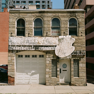 118 East 9th Street