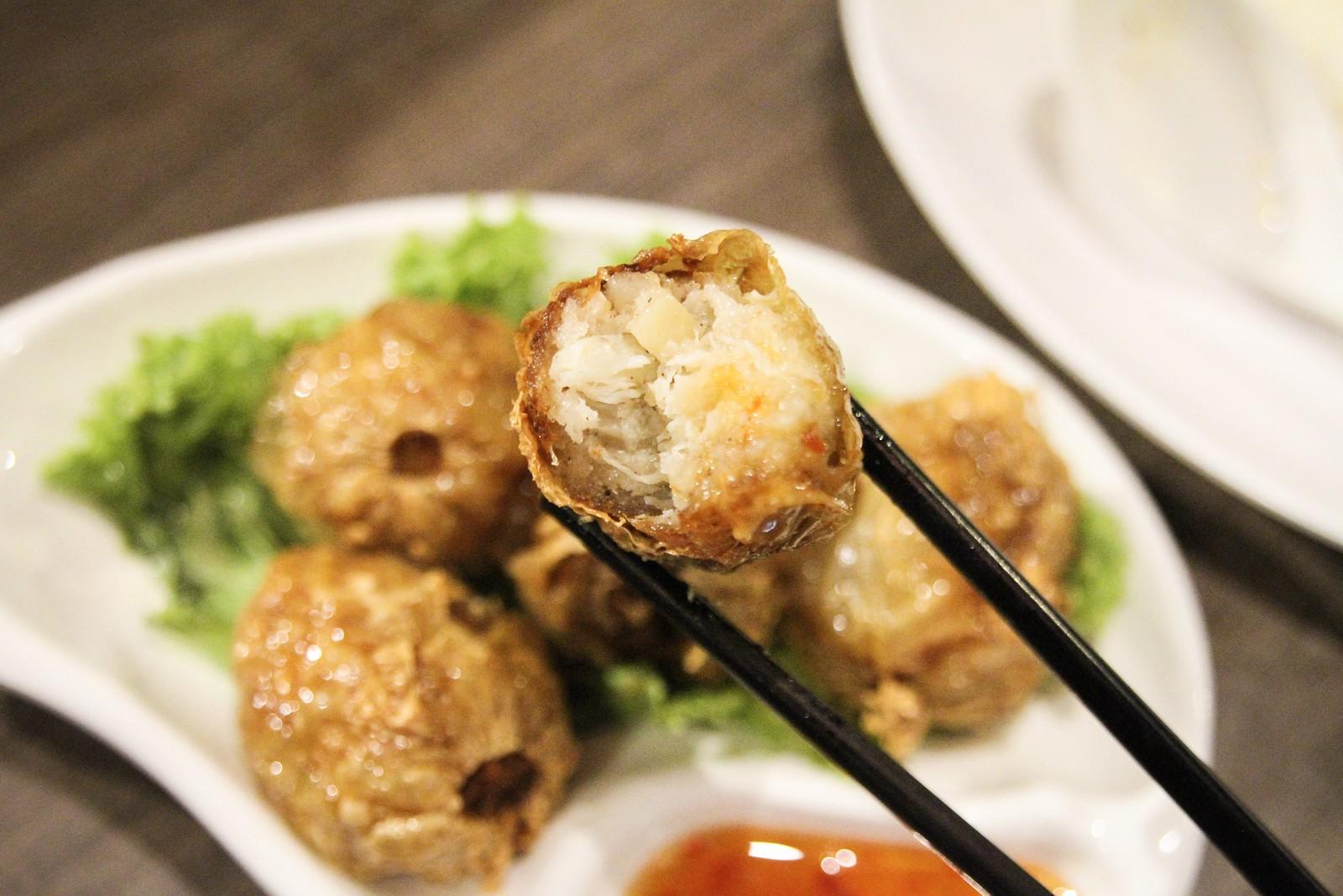 Penguin's Kitchen Ngoh Hiong Crab