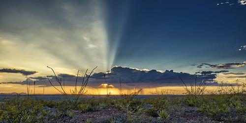 elpaso texas sunset clouds sun rain sunbeams desert landscape panorama oblong sonya7iii sigmamc11 canonef1635mmf4lisusm