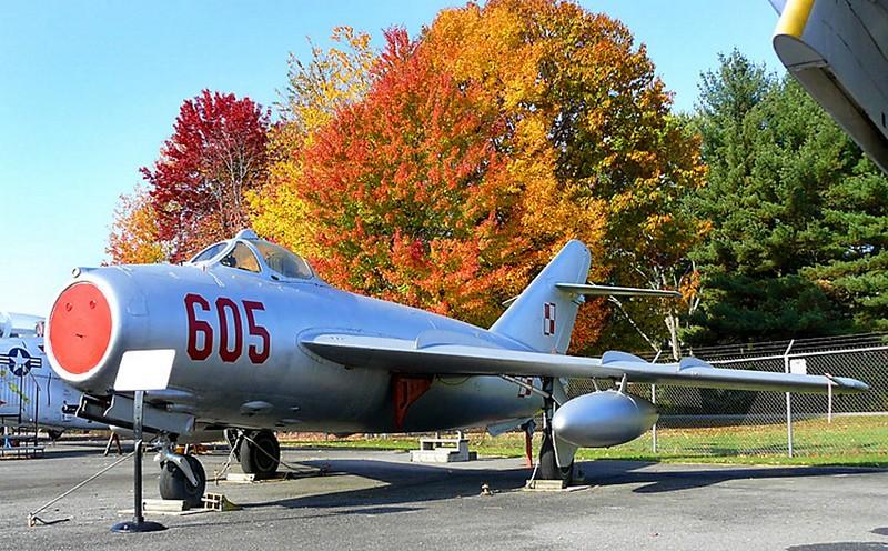 МиГ-17, Стенопис 2