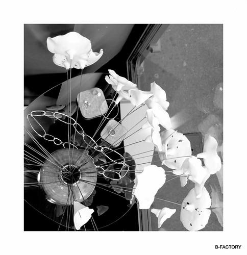 Decoration DITES LE AVEC DES FLEURS fleur porcelaine pour bouquet 2