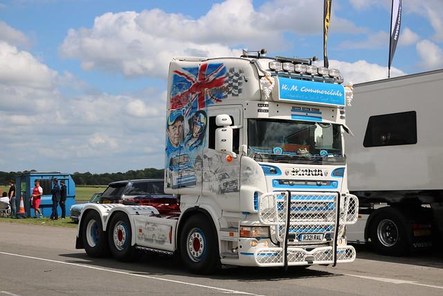 K.M.Commercials - R321 RAL(06) @ Thruxton Race Circuit 30-06-19