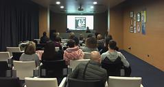 El auditorio de Izarra Centre acogió la presentación del proyecto.