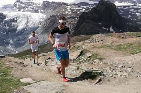 Zermatt Marathon. Litry potu a seriál křečí v ráji milovníků velehor
