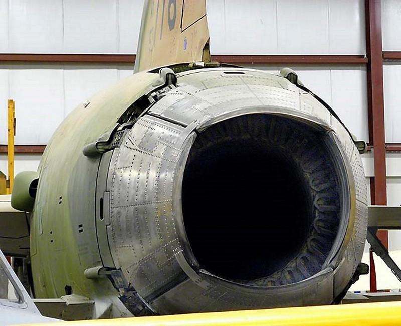 Δημοκρατία F-105B Thunderchief 3