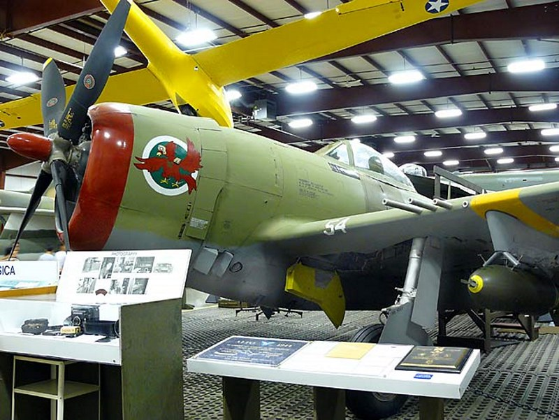 Republic P-47D Thunderbolt 3