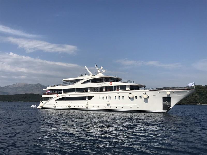 Cruzeiro no Yacht MS Ambassador pelas Ilhas do Mar Adriático com Croácia, Sérvia e Bósnia/Herzegovina