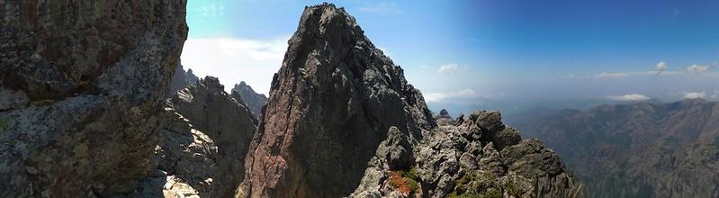 Retour au col Sud : l'aiguille Paris-Chamonix