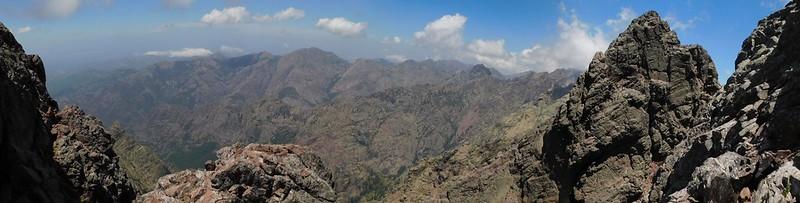 Au col de la Grande Barrière : vue du Falasorma sur l'autre versant