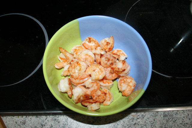 13 - Shrimps bei Seite stellen / Put shrimps aside
