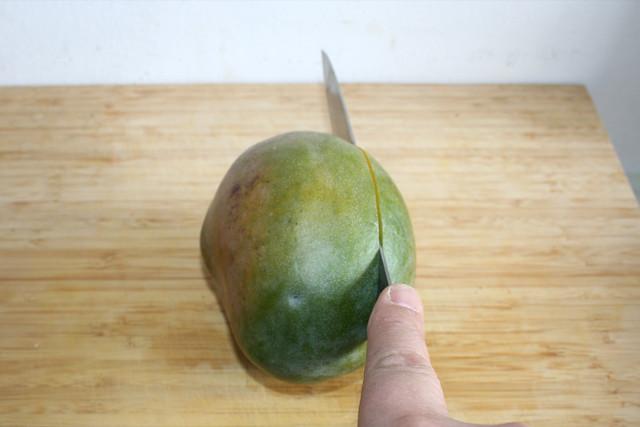 07 - Mango einschneiden / Cut mango