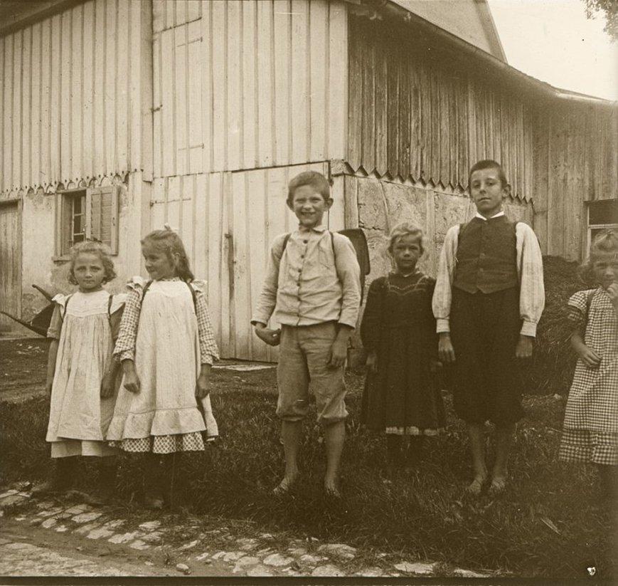 1907. Швейцария. Тагервелен. Получили московские эйнемовские конфеты в достат.количестве