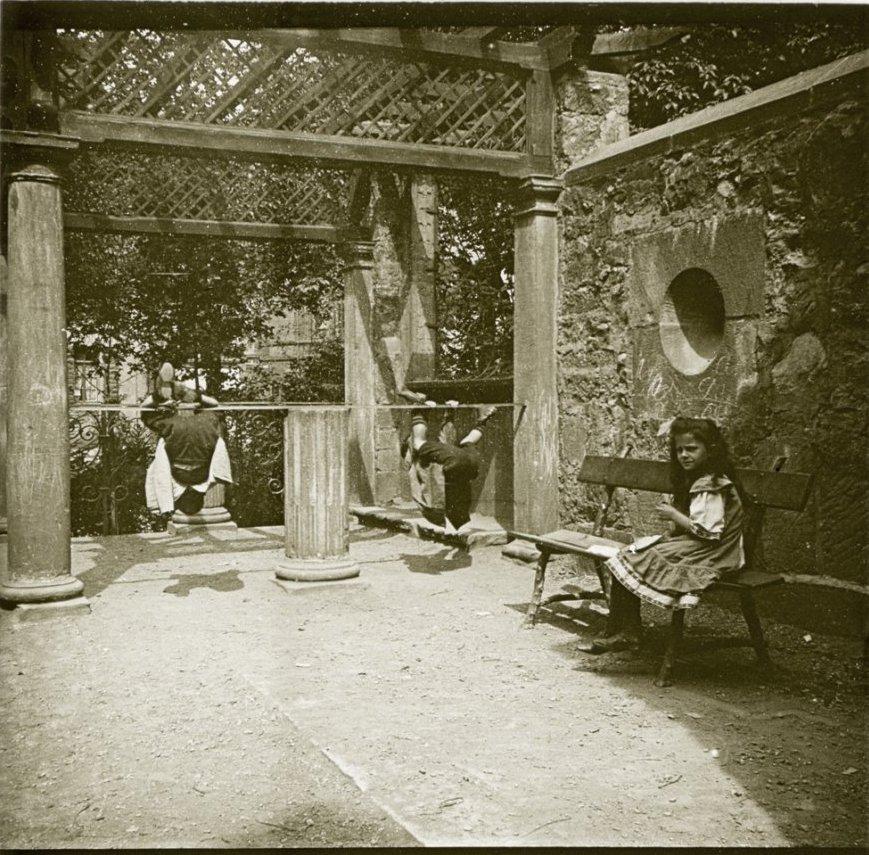 1907. Германия. Фрайбург. «Гимнасты»