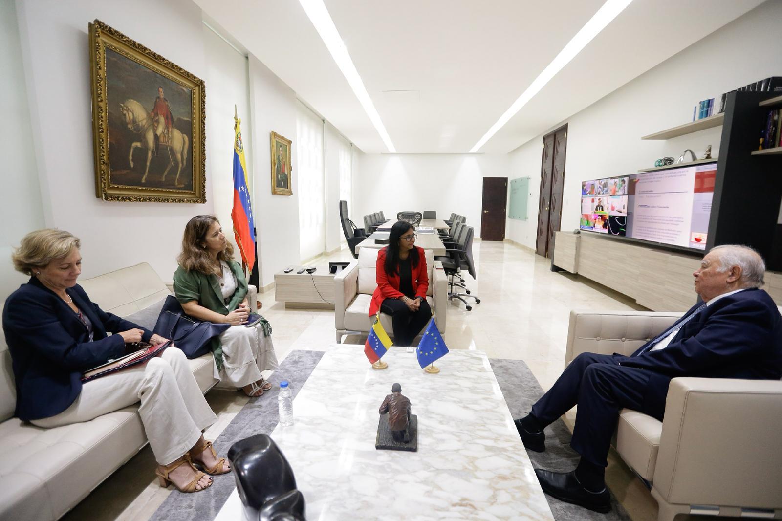 vicepresidenta Ejecutiva, Delcy Rodríguez, sostiene encuentro con el representante especial de la Unión Europea para Venezuela, Enrique Iglesias