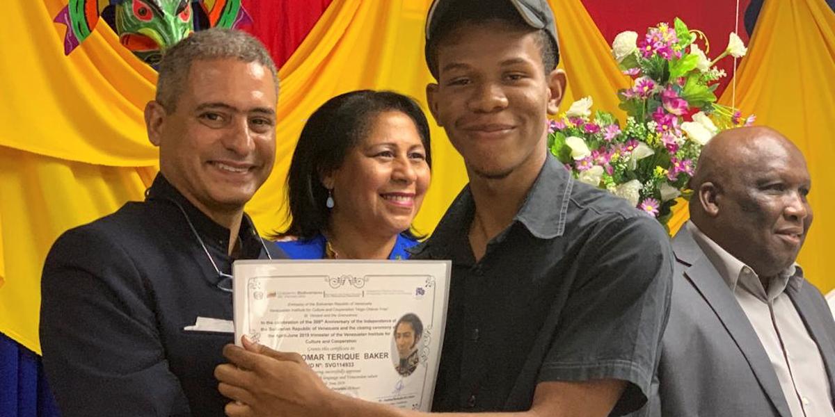 Con gala cultural conmemoran en San Vicente y las Granadinas 208 aniversario de la Independencia de Venezuela