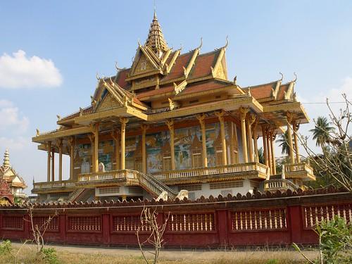 Phnom Sampov Pagoda