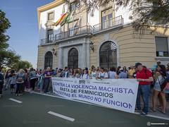 2019_07_08_Concentraci�n_apoyo_victima_violaci�n_Manresa_en_C�diz_JorgeLizana_02