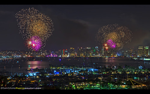sandiego america cityscape city skyline celebration usa holiday urban fireworks travel landmark night bigbayboom colorful architecture independence tradition states red independenceday tourism united metropolis 4th july patriotic unitedstates redwhiteandboom fourthofjuly patriotism freedom attraction firework explosion pyrotechnics summertime fourth celebrate rockets bright