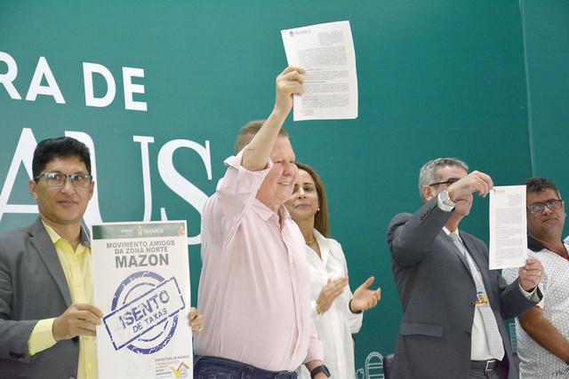 """08.07.19 Prefeito Arthur assina contrato para construção de casas populares """"Minha Casa Minha Vida - Entidades"""""""