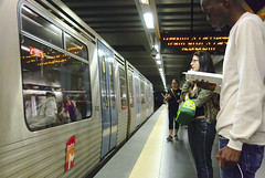 Red Line  #commute #subway #lisbon #portugal #street #sonyrx100 #t3mujinpack