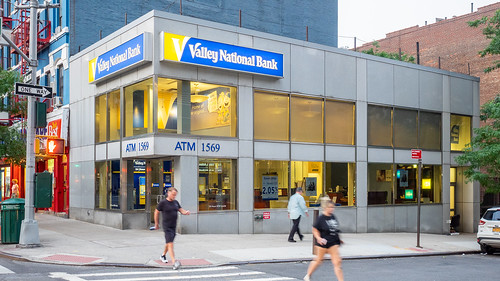 Valley National Bank | by ajay_suresh
