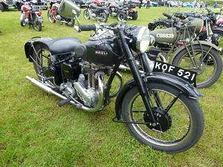 KOF 521 a 1950 350cc Ariel motorbike